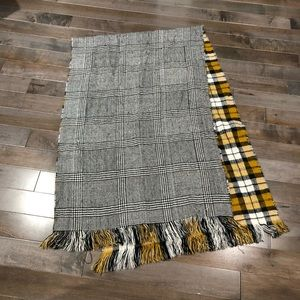 Accessories - Oversized Blanket Scarf Plaid Reversible Graham